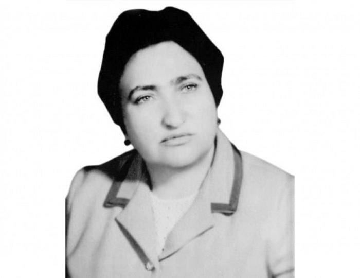 Biologiya üzrə ilk azərbaycanlı qadın elmlər doktoru Validə Tutayuqun doğum günüdür