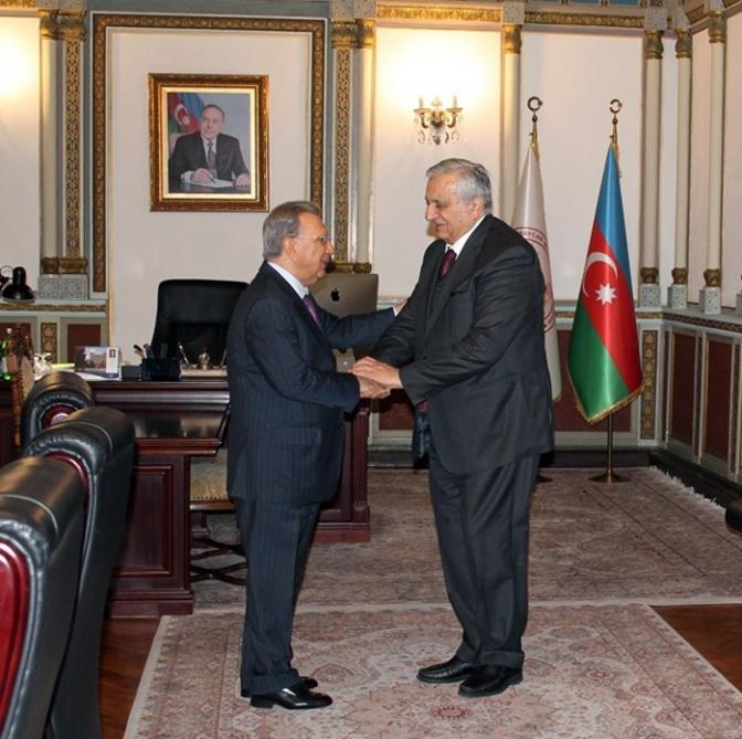 Akademik Ramiz Mehdiyev Gürcüstan Milli Elmlər Akademiyasının vitse-prezidenti ilə görüşüb