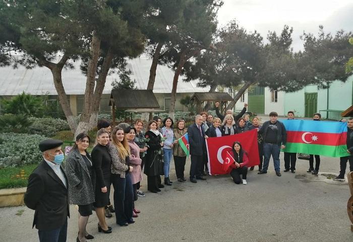 Институт дендрологии отметил историческую победу Азербайджана