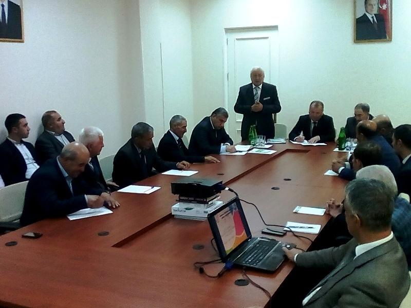 """Çayçılığın inkişafına dair 2018-2027-ci illər ərzində Dövlət Proqramı""""nın icrası mövzusunda elmi - praktik seminar keçirilmişdi"""